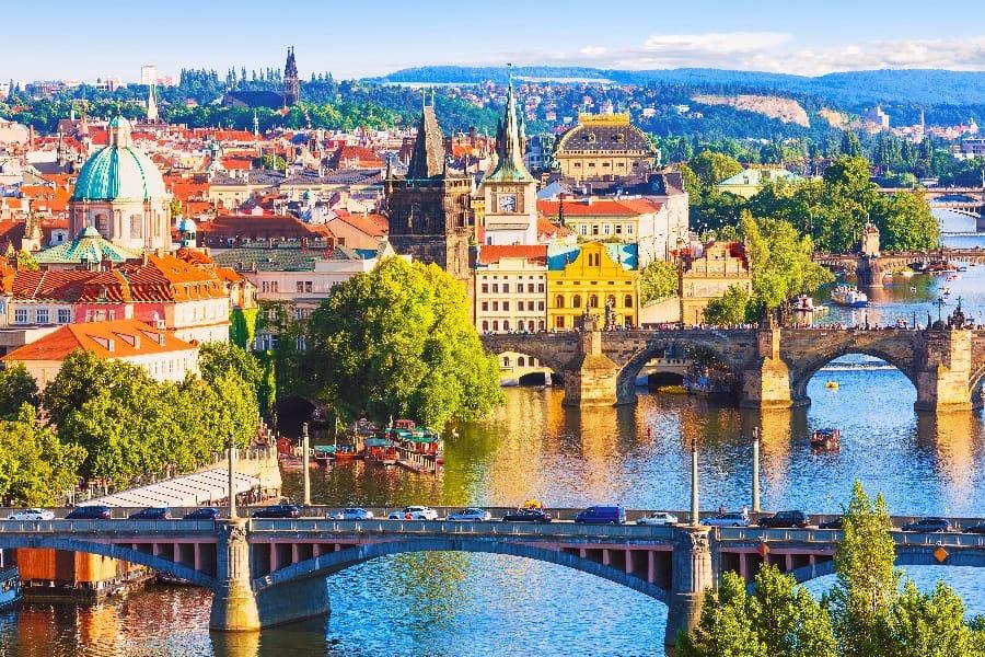 走入中古世紀的歐洲 感受奧捷的文藝氣息