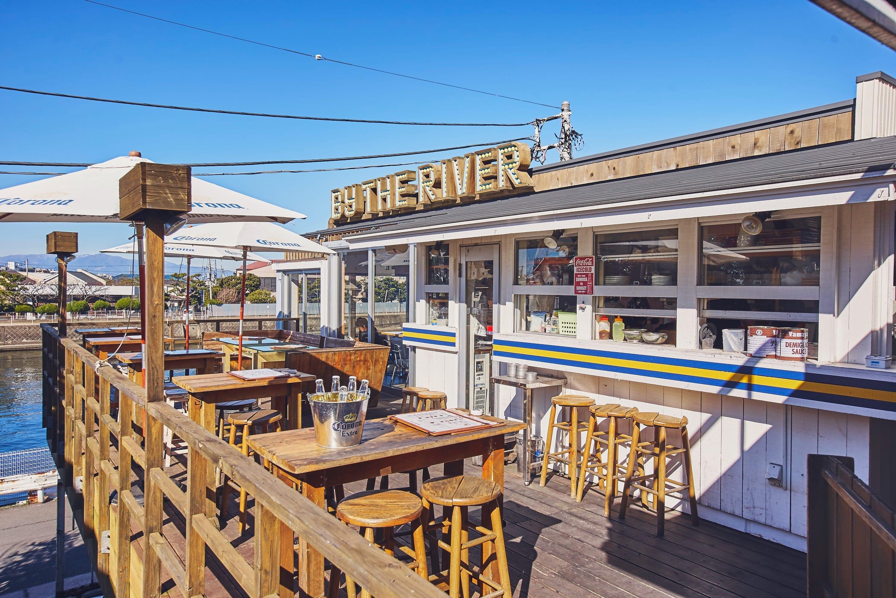 春天的海邊最棒了!東京近郊神奈川縣內 ⋯⋯「#海洋派」必推咖啡廳☕️🍮🍰3選
