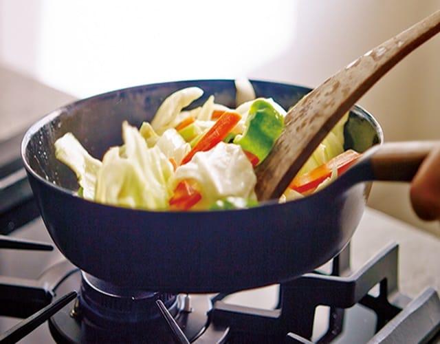 日本Vermicular琺瑯鑄鐵平底鍋  在家輕鬆享用高級鐵板燒料理