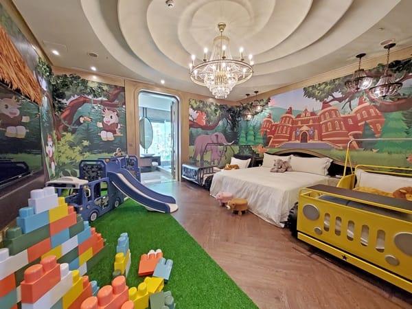 芭蕾城市渡假旅店  『叢林城堡主題房』將戶外搬進室內了